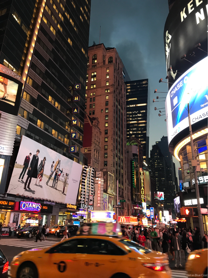 City guide things to do in new york for Times square new york things to do