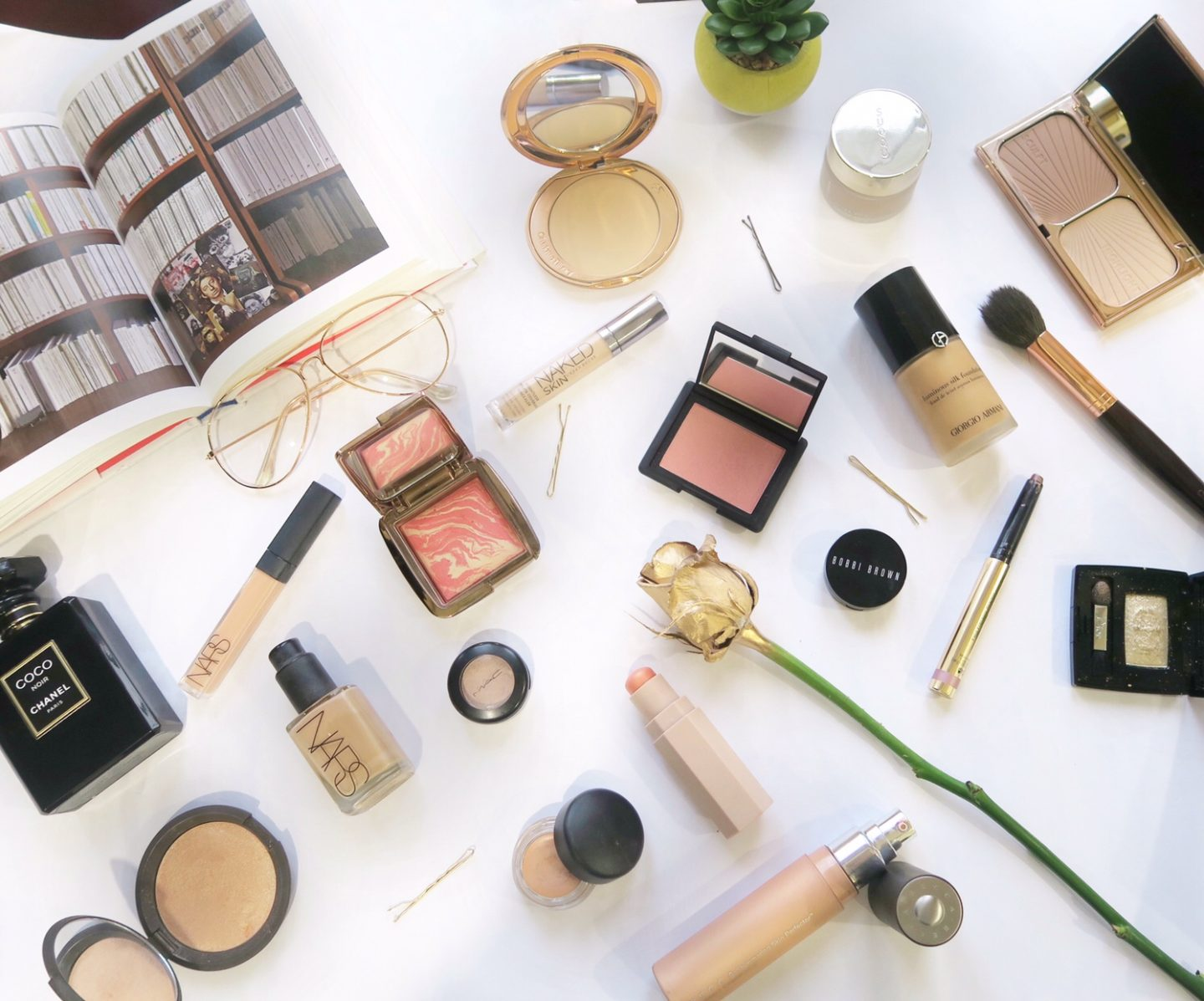 A guide to buying luxury makeup